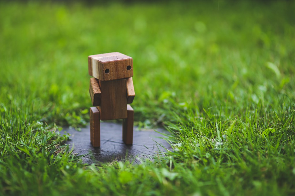 robot grass (pexels)